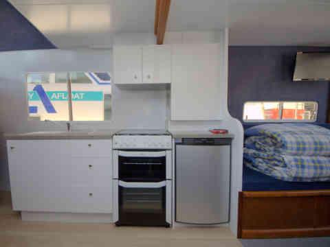33 HL 4 Kitchen