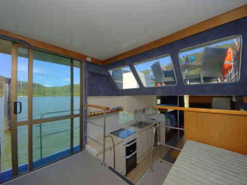 33 NM 4 Side Door Kitchen