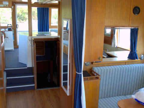 45 KS 2 Cabin