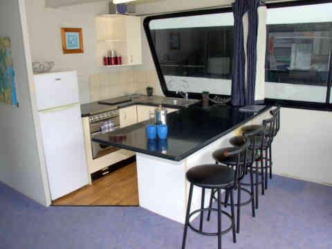 51 C 4 Kitchen